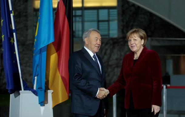 Назарбаев в Берлине: главная тема -  нормандский  саммит в Астане