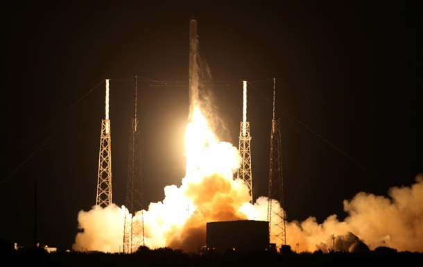Революционная  ракета SpaceX успешно стартовала к МКС