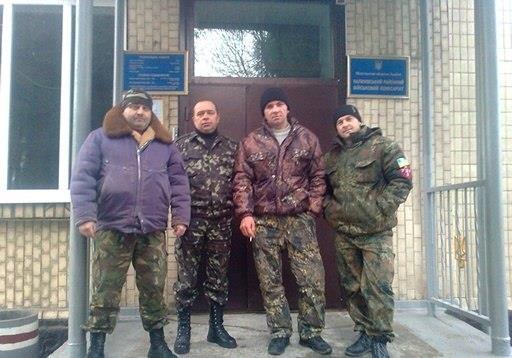 УНСО допомагає Калинівському військкомату з мобілізацією.