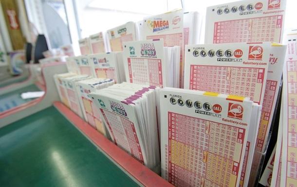 В США пенсионер выиграл в лотерею 326 миллионов долларов