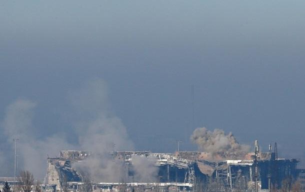 Бои за аэропорт Донецка: погибли двое украинских военных