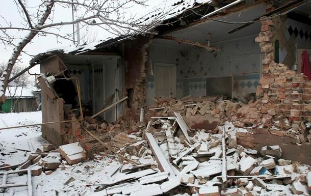 Крымское обстреляли из  Градов , разрушено 30 домов – Москаль