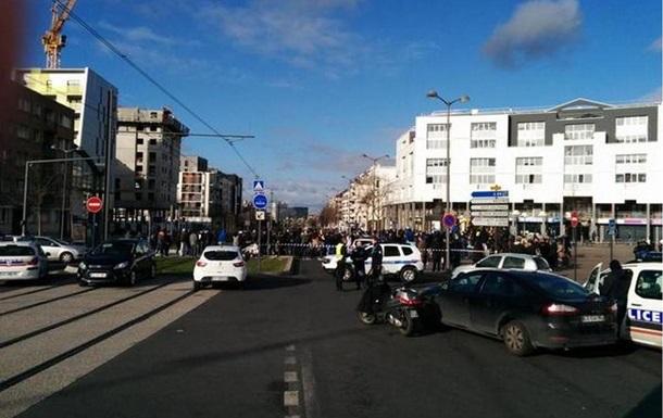Захват заложников на почте в Париже: преступник сдался