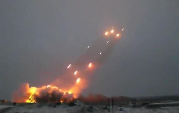 Донецк под Градом: обстреляны жилые районы и аэропорт