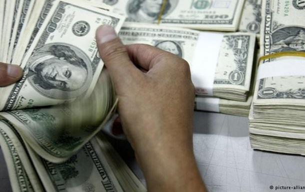 Иностранные банки резко снизили кредитование России и Украины