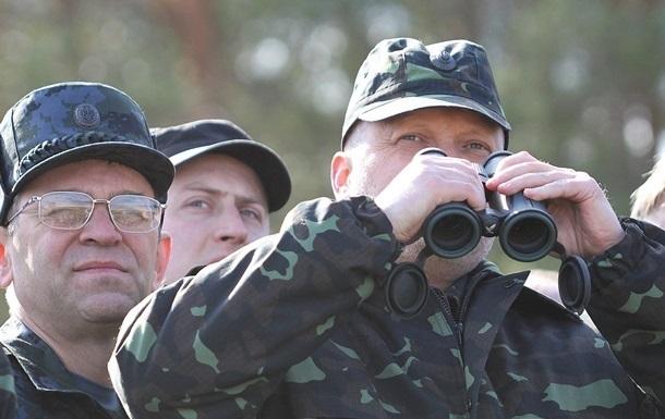 Турчинов попал под обстрел на Донбассе - соцсети