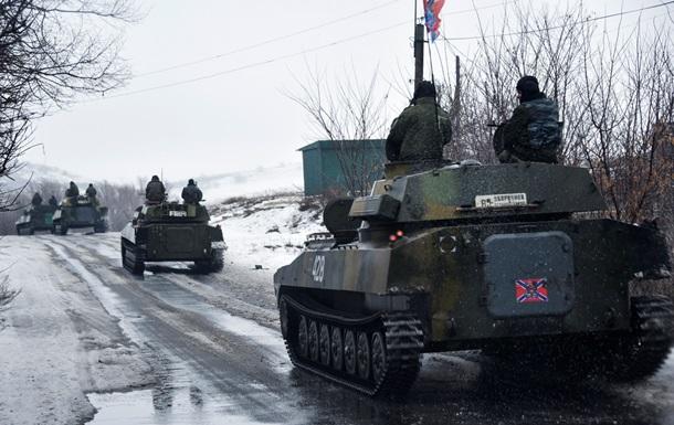 В Дебальцево продолжаются обстрелы домов - МВД
