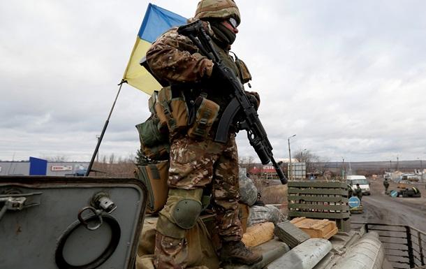 Силовики отбили атаку боевиков с танками возле Санжаровки