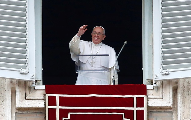Папа Римский помолился за погибших в Украине