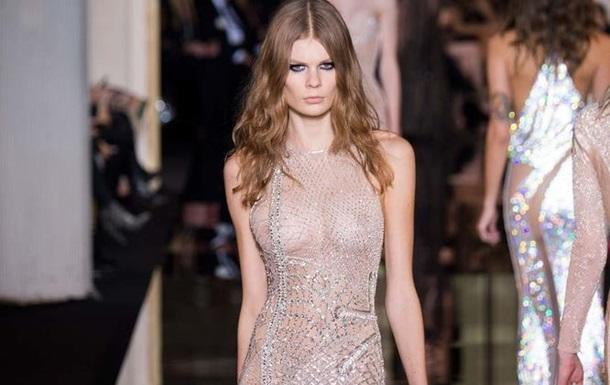 Неделя моды в Париже: Versace представил коллекцию возрождения