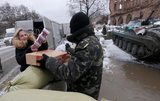 На Донбассе вводят военно-гражданские администрации