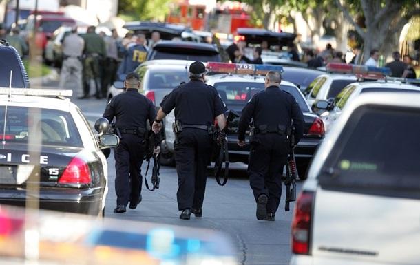 В США полицейский застрелил девушку-подростка