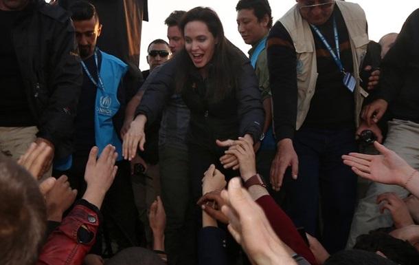 Анджелина Джоли рассказала о визите в Ирак и Сирию
