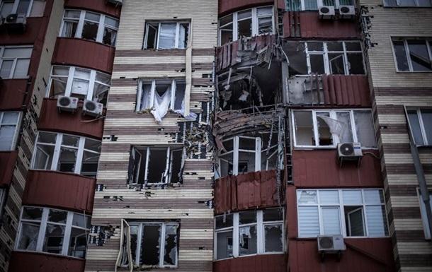 Донецк периодически обстреливают, поврежден газопровод