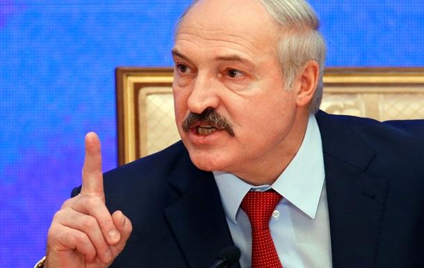 Наклонить меня невозможно. Самые яркие цитаты пресс-конференции Лукашенко