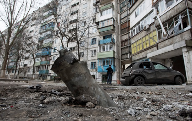 Всю ночь в Донецке были слышны залпы и взрывы