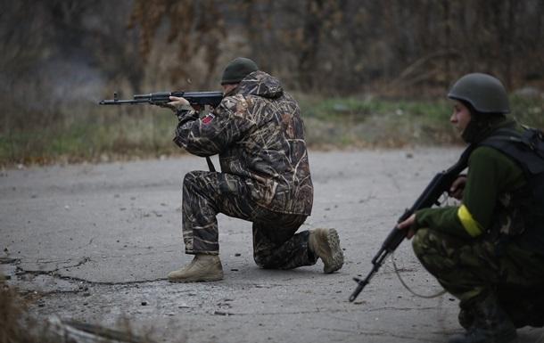 За сутки в Донбассе погибли 15 военных, 30 ранены - Минобороны