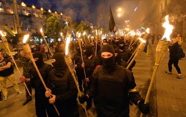 Юрист: факельные шествия в Европе – вне закона