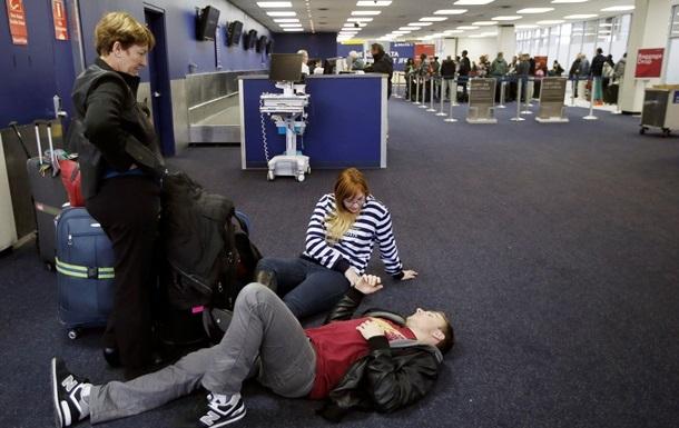 В США из-за снежной бури отменили более двух тысяч рейсов