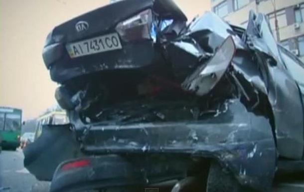 В Киеве произошло ДТП с участием милицейской машины