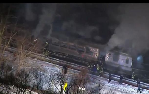Шесть человек погибли при столкновении поезда с автомобилем в Нью-Йорке