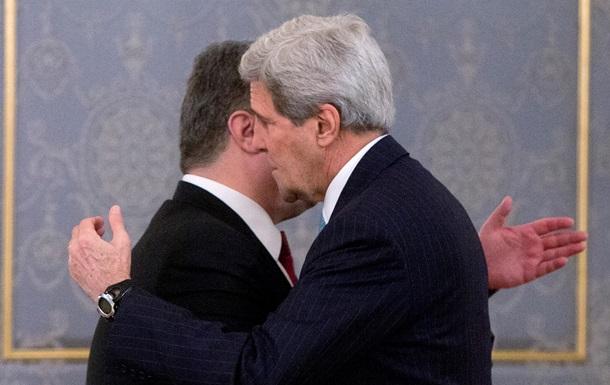 Керри - украинцам: Лидерство Порошенко важно для достижения ваших целей