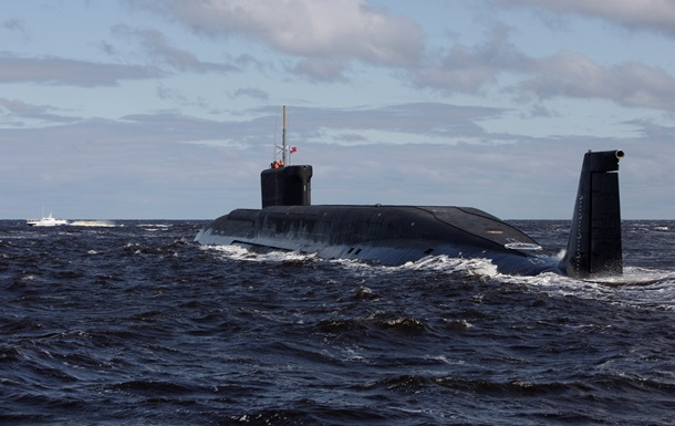Латвия обнаружила вблизи своей водной границы корабль и подлодку РФ