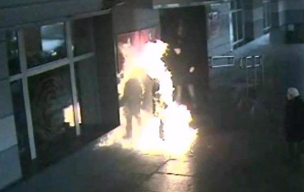 В России мужчина поджог себя на ступенях мэрии