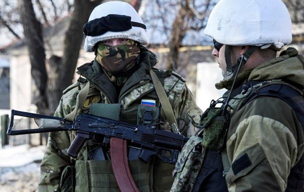 Российские военные обстреливают обе стороны конфликта - СБУ
