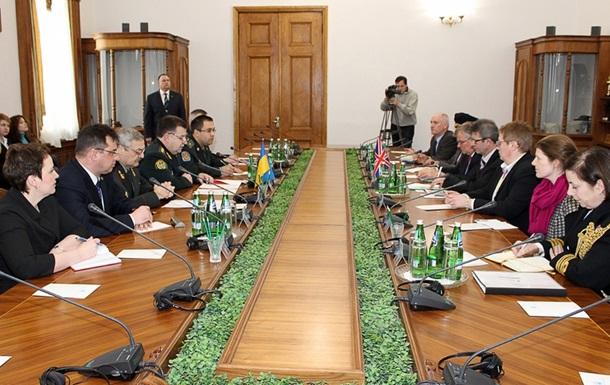 Украина и Великобритания подпишут Меморандум о сотрудничестве в обороне