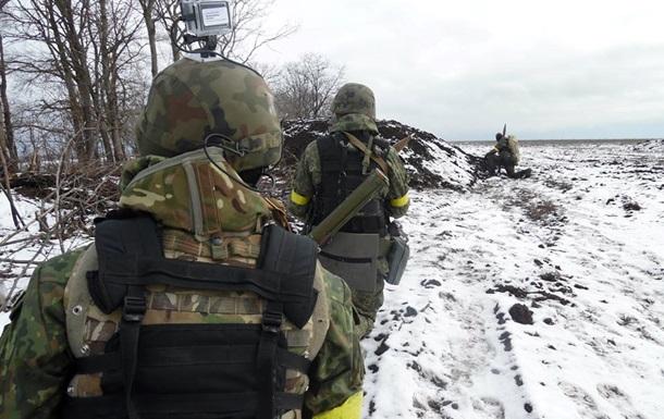 Нет топлива.  Азов  приостановил наступление под Мариуполем
