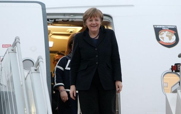 Порошенко, Меркель и Олланд прибыли в Минск