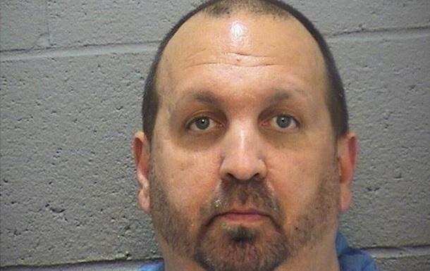 Американец застрелил семью мусульман из-за спорного места на парковке