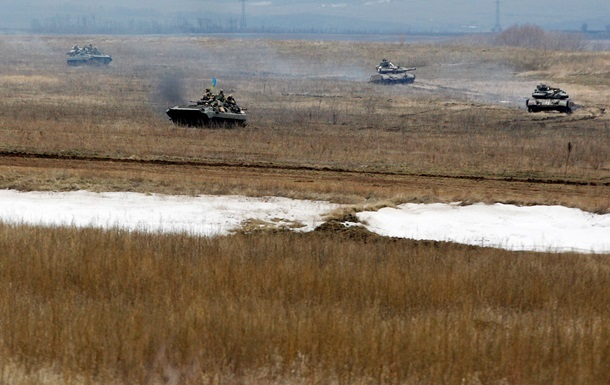 С утра идет танковый бой за Широкино -  Азов