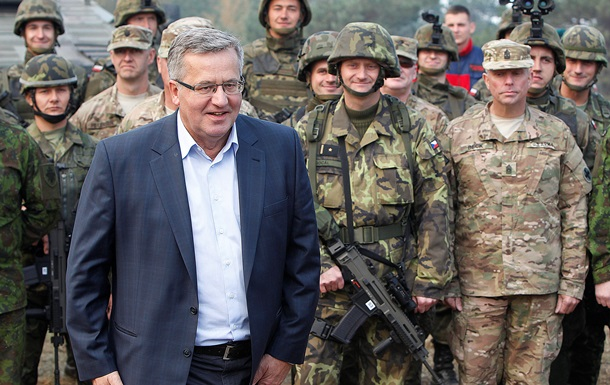 Президент Польши не верит в мир на Донбассе