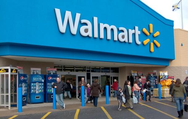 Wal-Mart повысит зарплаты более полумиллиона сотрудников