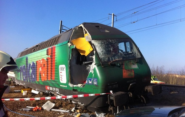 В Швейцарии столкнулись поезда, есть пострадавшие