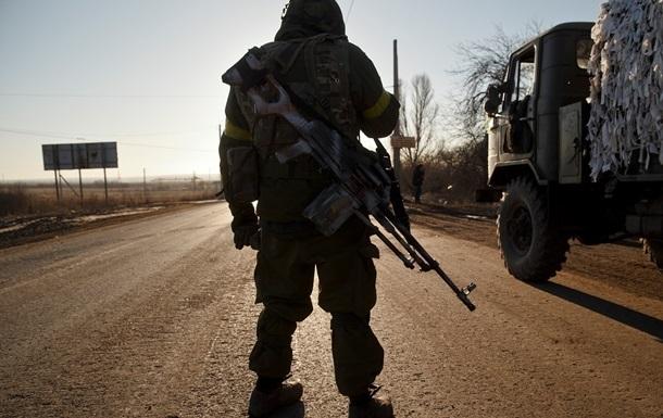 Обстрелов стало меньше, но  тишины  на Донбассе пока нет – штаб АТО