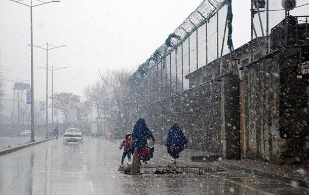 Под снежными лавинами в Афганистане погибли более 100 человек