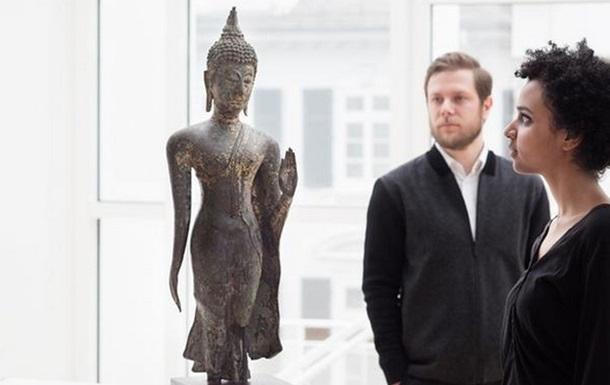 Во Франкфурте показывают статуи Будды двух последних тысячелетий