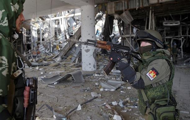 Сложности в отводе вооружений на Донбассе чисто технические - Песков