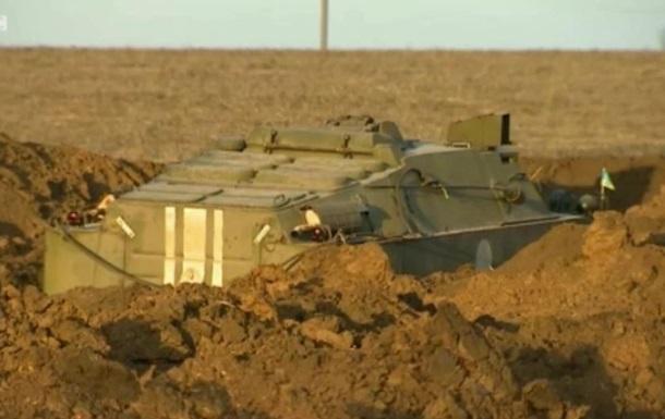 В окопах под Мариуполем: Украина готовится к обороне - BBC