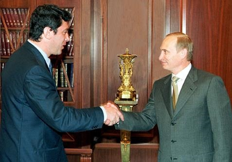 Повязан ли Путин кровью Немцова?