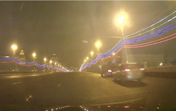 Обнародована запись видеорегистратора через 3 минуты после убийства Немцова