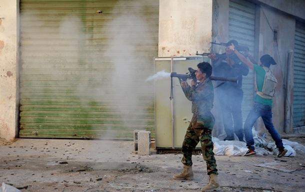 Власти Ливии требуют снять эмбарго на поставки оружия