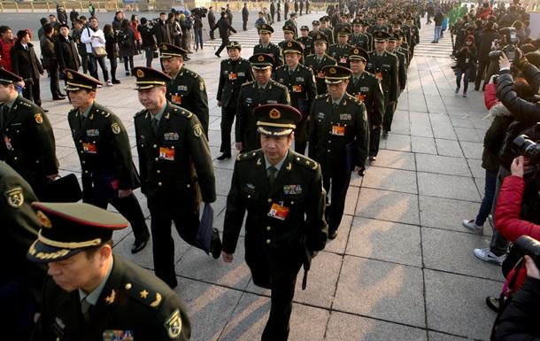 Китай наращивает военный бюджет