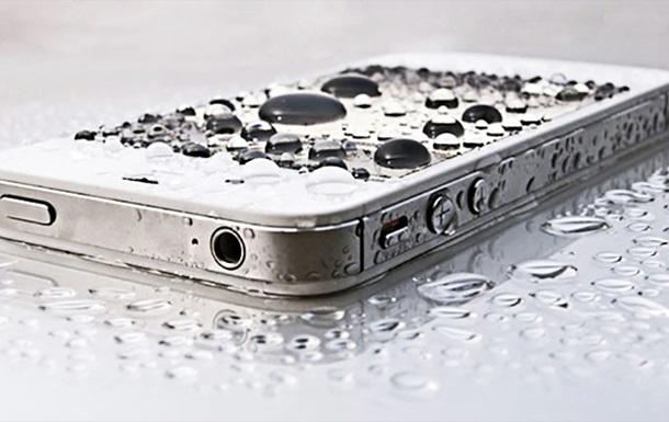 Apple сделает iPhone водонепроницаемым