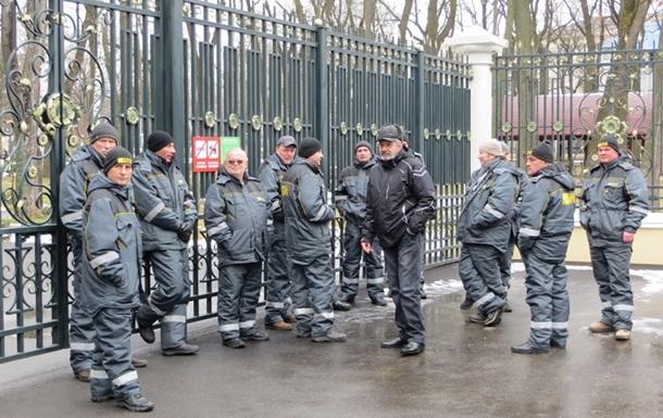 В Харькове обыскали здание администрации Центрального парка