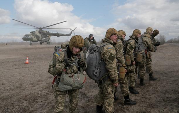 Обзор зарубежных СМИ: когда США дадут оружие Украине
