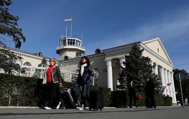 Аэропорт Симферополя возобновил работу после  минирования
